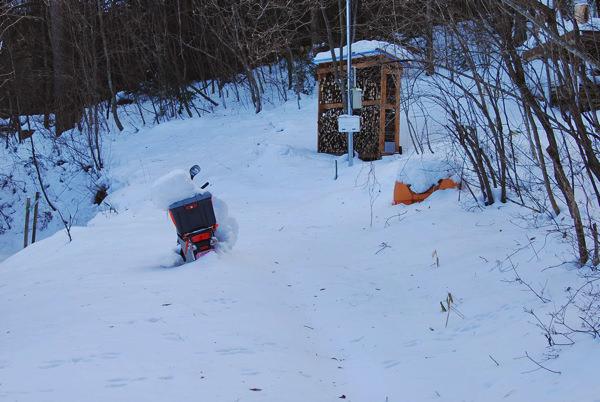 小屋暮らしと積雪