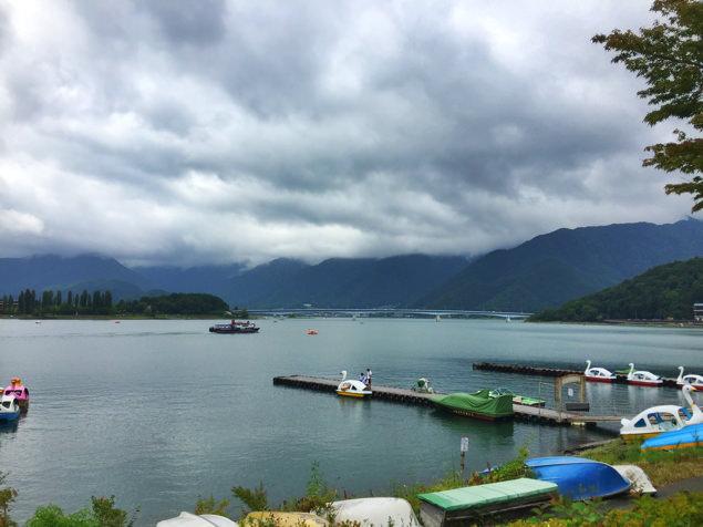 山中湖または河口湖