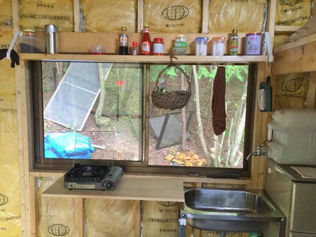 小屋暮らし・キッチン