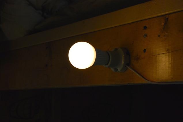 小屋暮らし・照明
