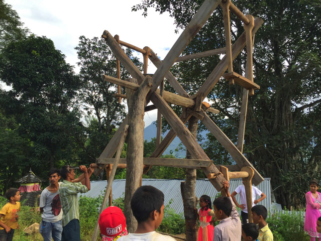 ネパール式遊具