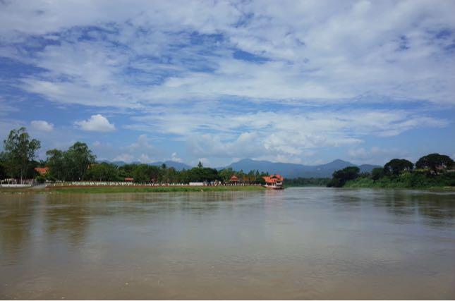 Kuala Kangsarで感じる水と緑と空